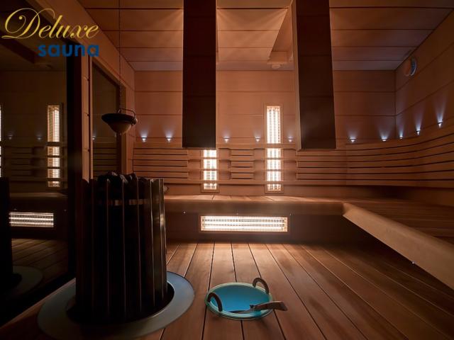 Deluxe sauna 12